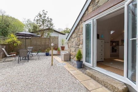 Detached Garden Studio Near St Ives with parking - Casa