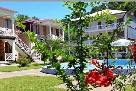 Гостевой дом у побережья - Bed & Breakfast