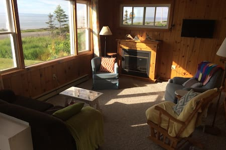 Fundy Skies Cottage - Middleton - Cabin
