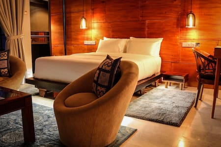 Terrace Queen Suite-Villa Raha B&B - Colombo