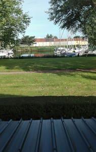Chambre, Carentan port de plaisance - Saint-Hilaire-Petitville