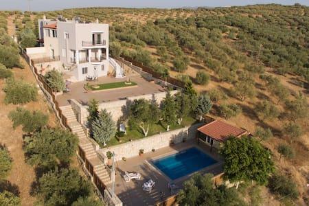 Marakis Villa Luna Rossa Crete - Villa