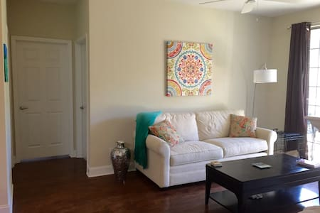 Apt 3min from Beach, 10min from DT