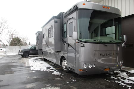 Family-friendly Motor coach - Spencerport - Autocaravana
