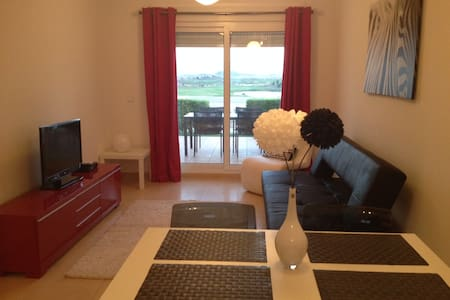 Holiday apartment with golf on large complex - Apartment