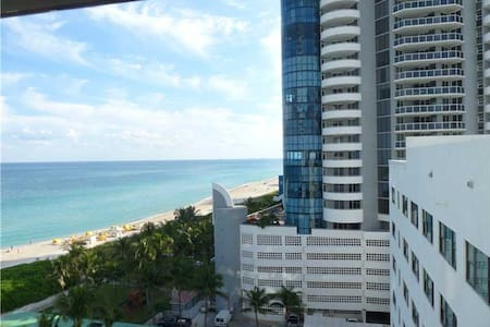 6 ON THE BEACH OCEAN VIEW FREE PARK - Miami Beach - Apartment
