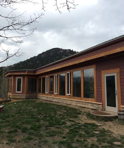 Rocky Mountain Solar Retreat - House