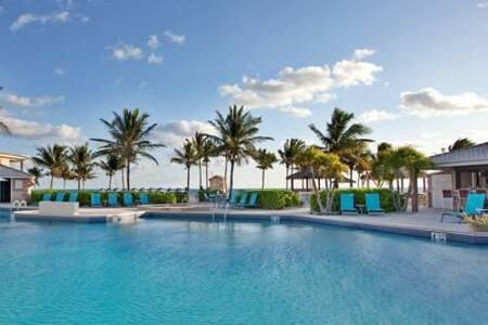 Grand Cayman Retreat - Villa