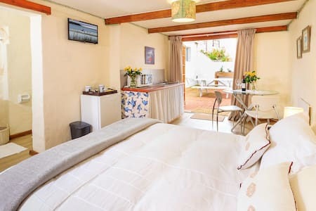 The Lavender Lodge Jbay - Jeffreys Bay