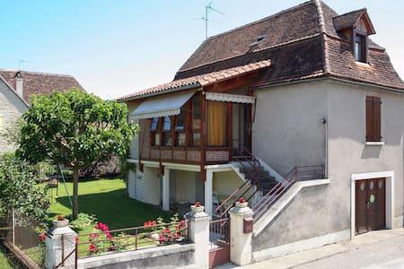 Maison proche Rocamadour et Padirac - Huis