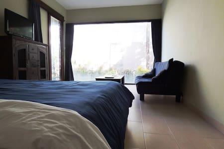 Beautiful Room in a Luxury Villa - Sanur  - Villa