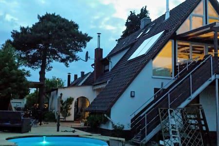 Moderne 110qm mit Pool und Sauna - Hameln - Dom