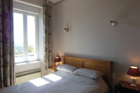 'Le Daoulas' Room - Bed & Breakfast