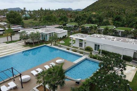 The Sea Condo@Dolphin Bay, Pranburi - Sam Roi Yot - Boutique-hotel