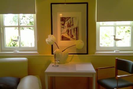 Wohnen in einem Apartment im Fachwerkhaus - Autre