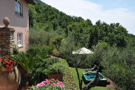 Villa Gardenia with jacuzi near to beaches 5Terre - Ortonovo
