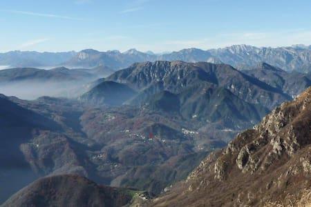 Camera nella stupenda Val d'Arzino - Pielungo