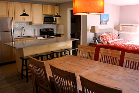 Killington Suites: 2 BR Resort Suite Close to Mtn! - Killington - Apartament
