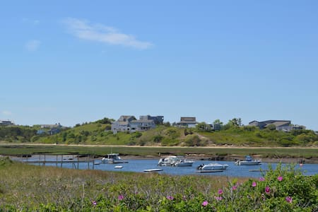 Pamet Harbor Apartment with Provincetown Views - 아파트