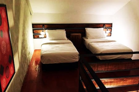 Lima Tujoh #3 Boutique Rooms in the City Centre - Kuching - Daire