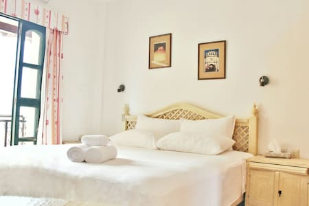 WELCOME to the NEW HOUSE HOTEL - Isla Mujeres - House