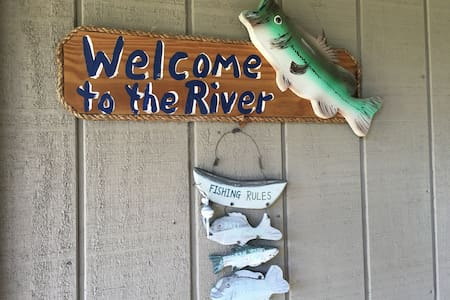 Cabin on the Edisto River - Branchville - Stuga