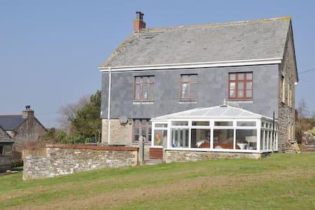 Delightful detached farmhouse with charming features near Looe - Nr Liskeard