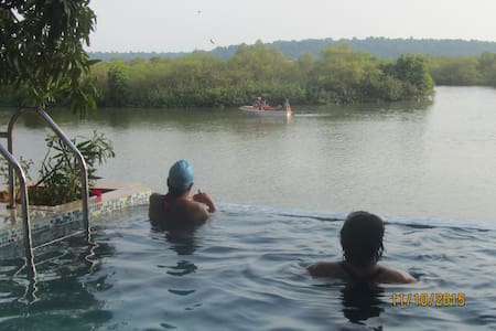 serene waters 4 - Nord-Goa - Bed & Breakfast