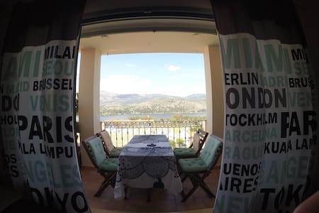 2 Bedroom modern maisonette (2-5 persons) - Apartment
