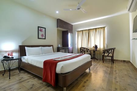 Luxury Serviced Apartments in NMDC - Hyderabad - Bed & Breakfast