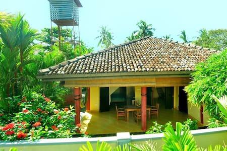 Villa Sienna - Induruwa - Casa de campo