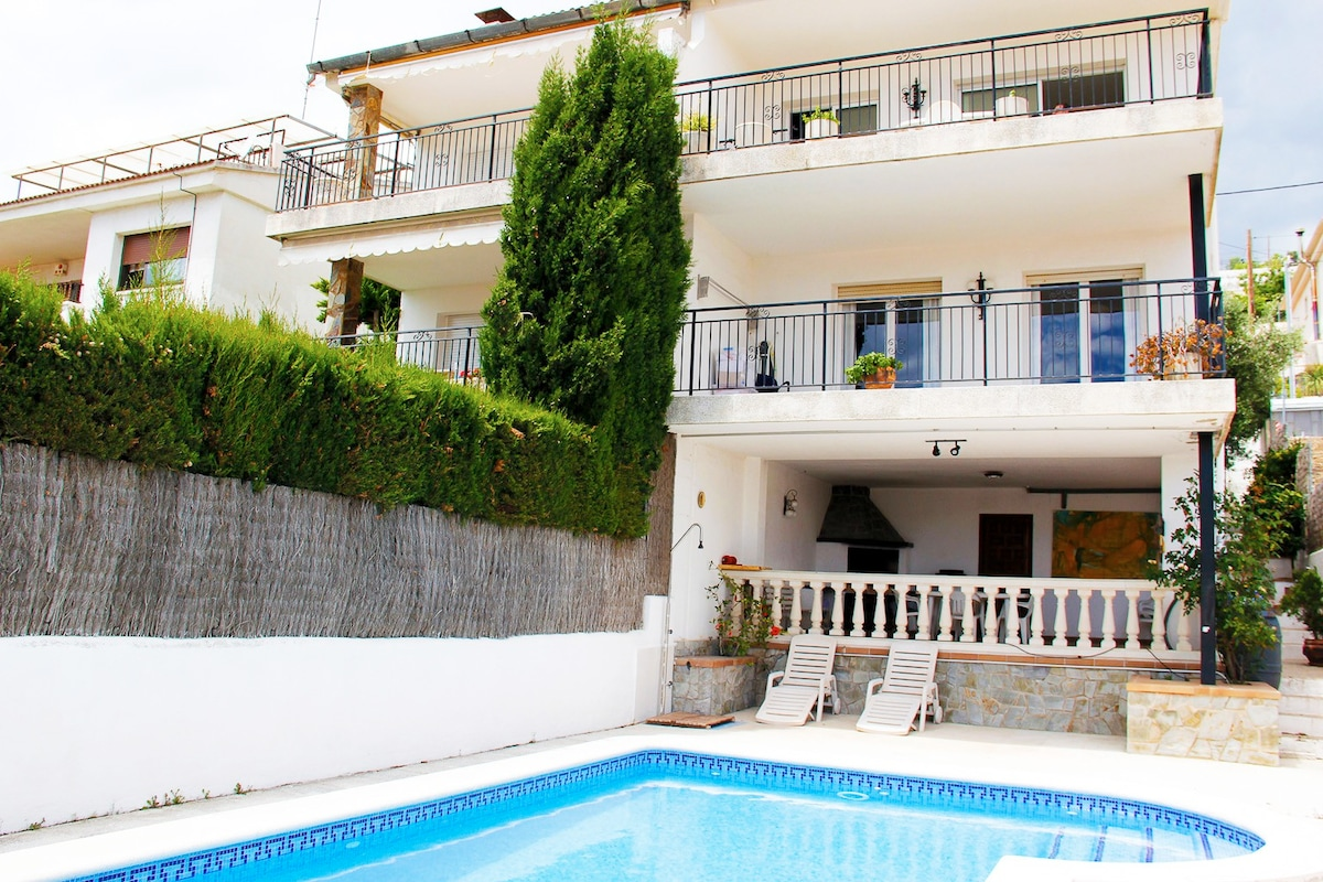 Rent a house in Calafell Abruzzo