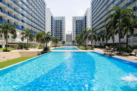 Karen's Manila - Mall of Asia Haven - Manila - Condominium