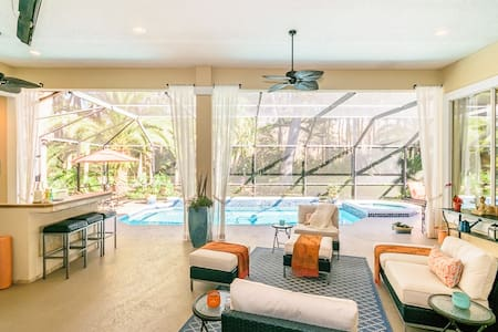 Beautiful home w/ pool, near beach