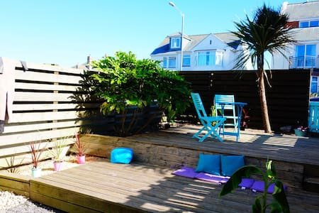 Beach house with pool & garden pentire, fistral - Apartamento
