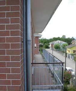 Torino e le sue valli vi aspettano - Vigone - Lejlighed