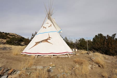 The Tipi Retreat - Tepee