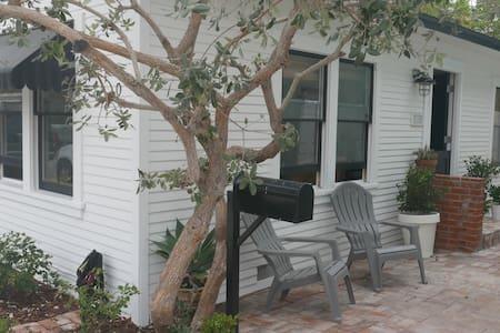 Newly-renovated beach cottage - Newport Beach - Hus