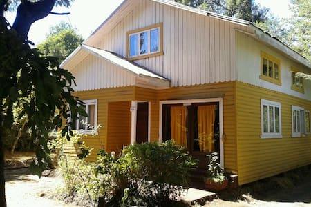 LICAN RAY: EXCELENTE UBICACION - House