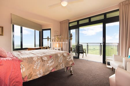 Byron seaview retro luxury comfort - Coorabell - Inap sarapan