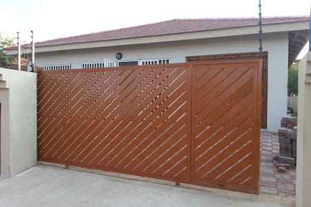 2BD with parking - Gaborone