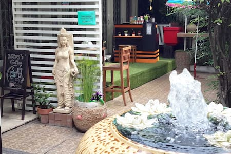 Repos Casa Boutique Hotel - Bangkok - Bed & Breakfast
