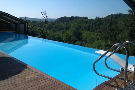 Relax in the Unesco Hills of Asti