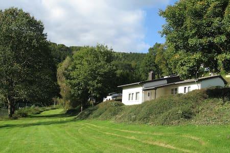 Bungalow Biersdorf (bij Bitburg) - Huis