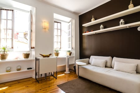 Bright & cozy apartment in Alfama - Pis
