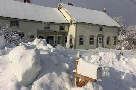 Winter Holidays in Romantic Vermont - Marlboro - Rumah