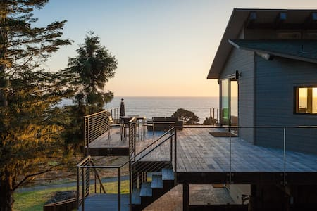 MendocinoLighthouse-seaside retreat - 단독주택