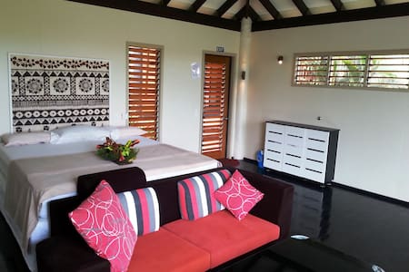 Thangi: From Fiji Lodge. Kingsize - Villa
