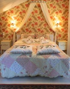 B&B in beautiful surroundings - Bed & Breakfast
