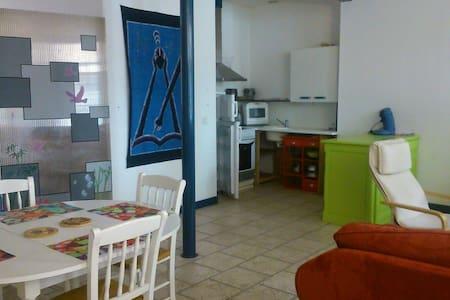 Appartement de plein pied en centre - Wohnung